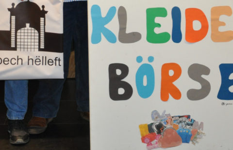 5 000 € de la part des asbl Dippech helleft et Kleiderbörse Capellen pour la fête de Noël de la Stëmm vun der Strooss