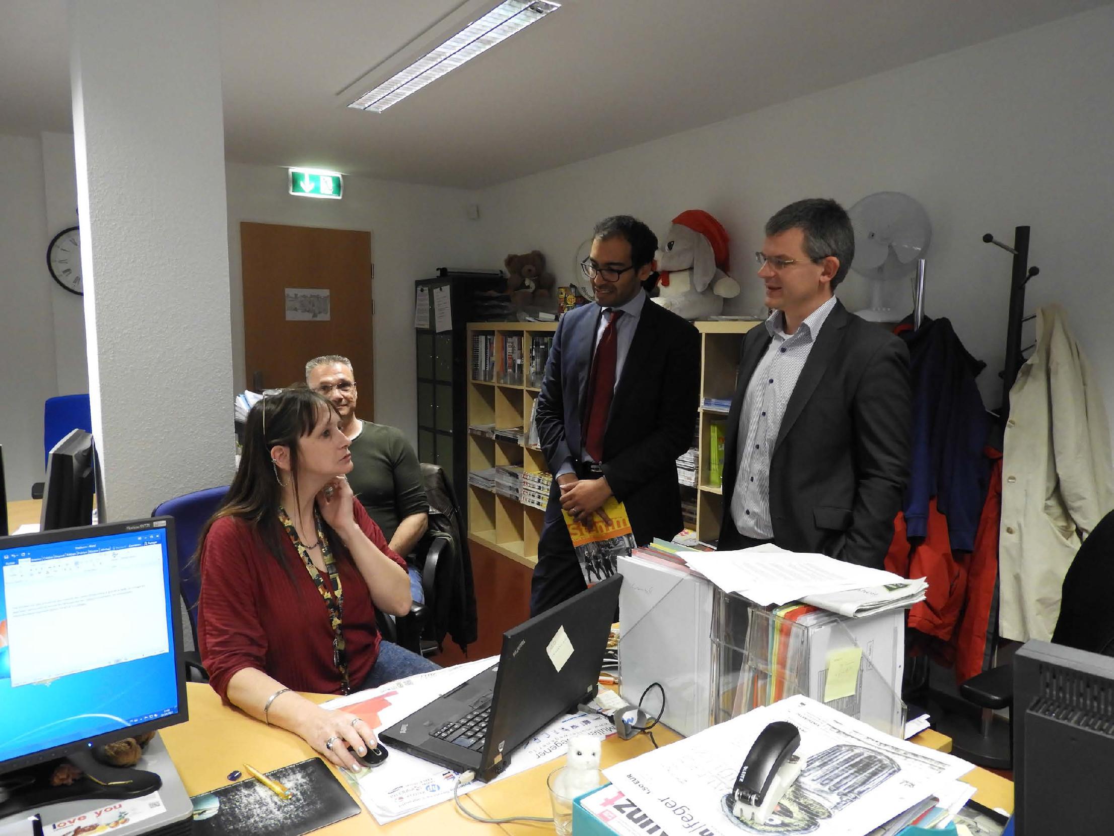 Vectis offers 8 laptops to the Stëmm vun der Strooss Editorial office