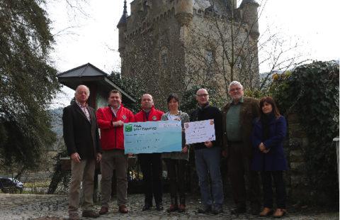Lions Club Roude Léiw an Commission d'intégration vun der Mierscher Gemeng ënnerstëtzen Stëmm vun der Strooss