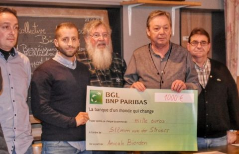 1 000 € de la part de l'Amicale Bierden pour la Stëmm vun der Strooss.