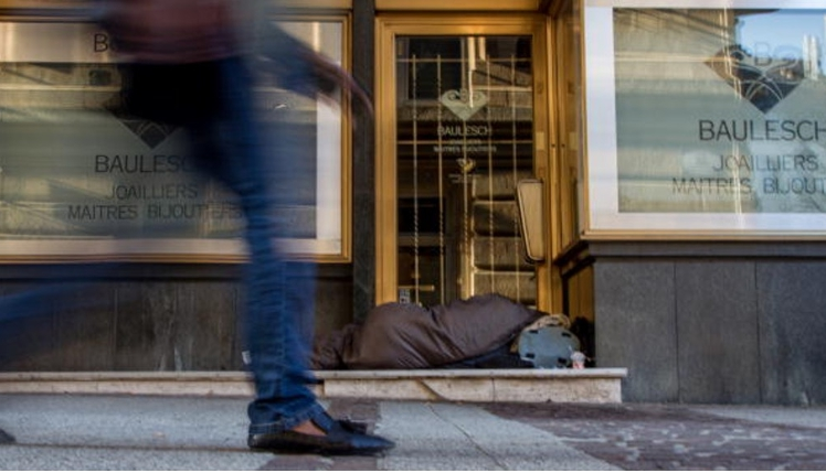 Charity poster fuels debate on homelessness in Luxembourg