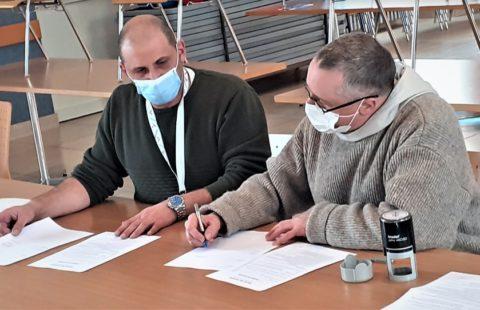 Rental agreement between Fraternité Verbum Spei and Stëmm vun der Strooss in Esch-sur-Alzette