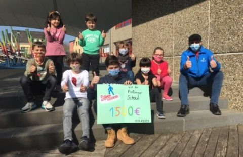 The primary school from Fentange supported the Stëmm vun der Strooss with a fundraiser