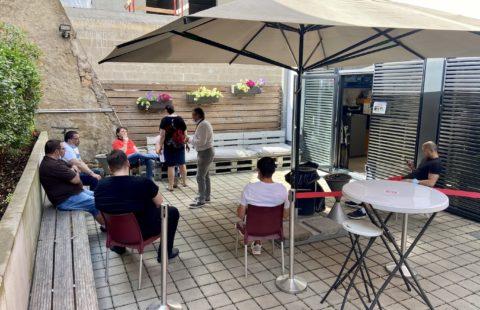 Une terrasse plus accueillante pour les sans-abris à la Stëmm vun der Strooss